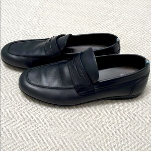 FERRAGAMO Black Leather Slip-on Loafer